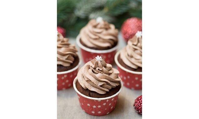 Čokoládové cupcakes s vanilkovou náplní