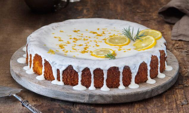 Polentový koláč s citrónovou náplní